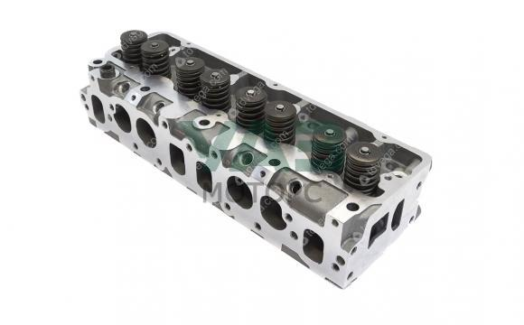 Головка блока цилиндров в сборе с клапанами УМЗ 4213 (инжектор) (Tanaki) 4213.1003010